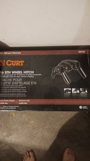 Curt Fifth wheel hitch for Sale in Portland, OR