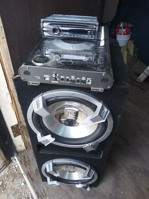 """12"""" dual subwoofer speakers with 1200 watt amp amplifier and Sony stereo sound system for Sale in Fort Worth, TX"""