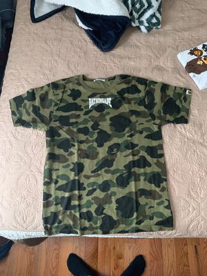 Bape camo tee size m for Sale in Germantown, MD