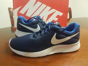 Brand New Nike Tanjun (Size 9 Men's) for Sale in Vancouver, WA