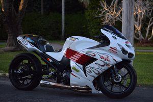 Kawasaki Ninja Zx14r motorcycle drag bike for Sale in Miami, FL