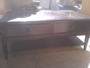 Coffee table for Sale in Creedmoor, NC