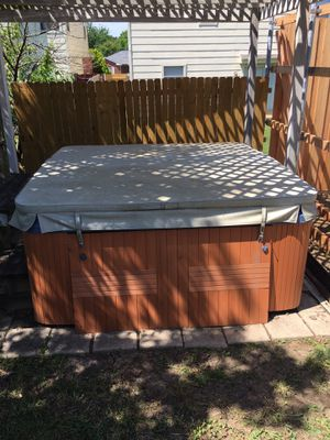 Hot Tub for Sale in Corinth, TX