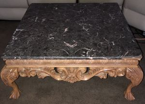 Coffee table for Sale in Moreno Valley, CA