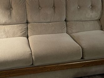 Matching Sofa and Loveseat W/ Coffee Table for Sale in Kissimmee,  FL