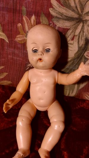 Vintage tiny tears potty blinking doll for Sale in Sacramento, CA