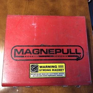 Magnepull Used In Good Condition for Sale in Pompano Beach, FL