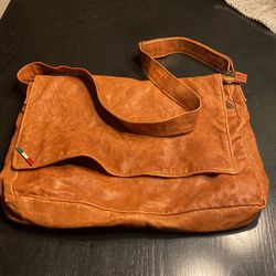 Italian Leather Messenger Bag for Sale in West Linn,  OR