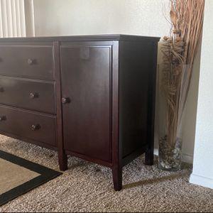 Dresser for Sale in Chula Vista, CA