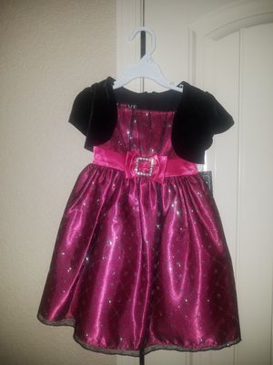 Christmas Dress size 4T for Sale in El Paso, TX