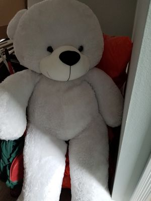 Giant white stuffed Teddy Bear like new for Sale in Bellflower, CA