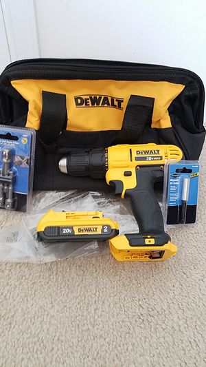DEWALT 20v MAX drill/driver with battery and case for Sale in Ashburn, VA