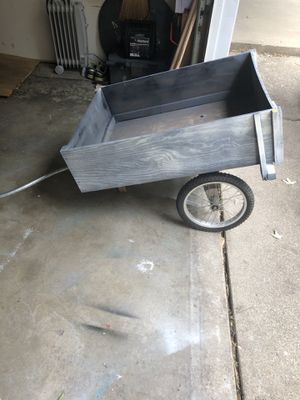 Outdoor Yard Decor/Garden Cart for Sale in Pekin, IL