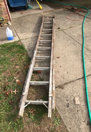 20 foot ladder for Sale in MIDDLEBRG HTS, OH