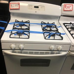 GE WHITE GAS STOVE IN EXCELLENT CONDITION for Sale in Laurel, MD