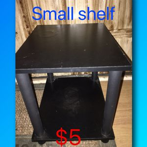 Small shelf for Sale in Alexander City, AL