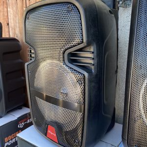 "8""WOOFER-2800 WATTS/Bluetooth-Fm radio ( SPEAKER STAND INCLUDED ) ( MICROPHONE & CONTROL for KARAOKE ! ) (3-6 HOURS BATTERY LIFE-PORTABLE) MEMORY SLO for Sale in Baldwin Park, CA"