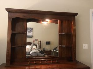 Mirror Top For Dresser for Sale in Sudley Springs, VA