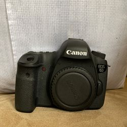 Canon EOS 6D (WG) Body only for Sale in Vancouver,  WA