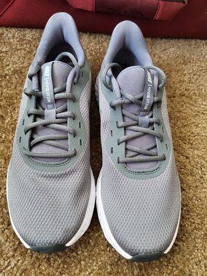 Nike Running Shoes 10 [Brand New] for Sale in Oakland, CA