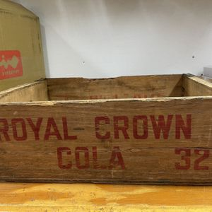 Old Royal Crown Soda Box for Sale in Chicago, IL