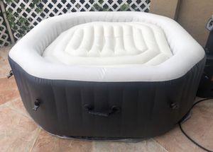 Intex Spa Jacuzzi Hot tube Pump Pool 28413wl Purespa Bubble Spa Set for Sale in Miami, FL
