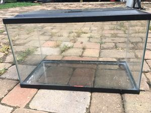 20x10x12 fish tank with cover and filter . for Sale in Marietta, GA