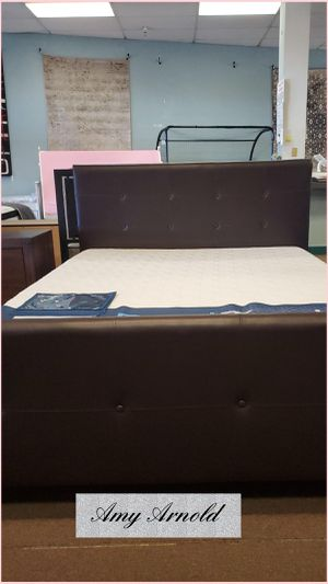 Queen Bedframe for Sale in Glendale, AZ