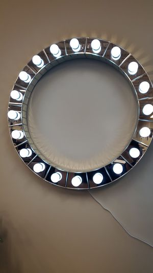 Lighted mirror for Sale in Victoria, TX