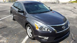 2013 Nissan Altima S runs great for Sale in Kissimmee, FL