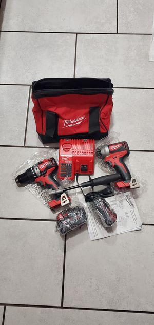 MILWAUKEE M18 VT BRUSHLESS SET NEW NUEVO BATTERIES 4.0,,,2.0 for Sale in Long Beach, CA