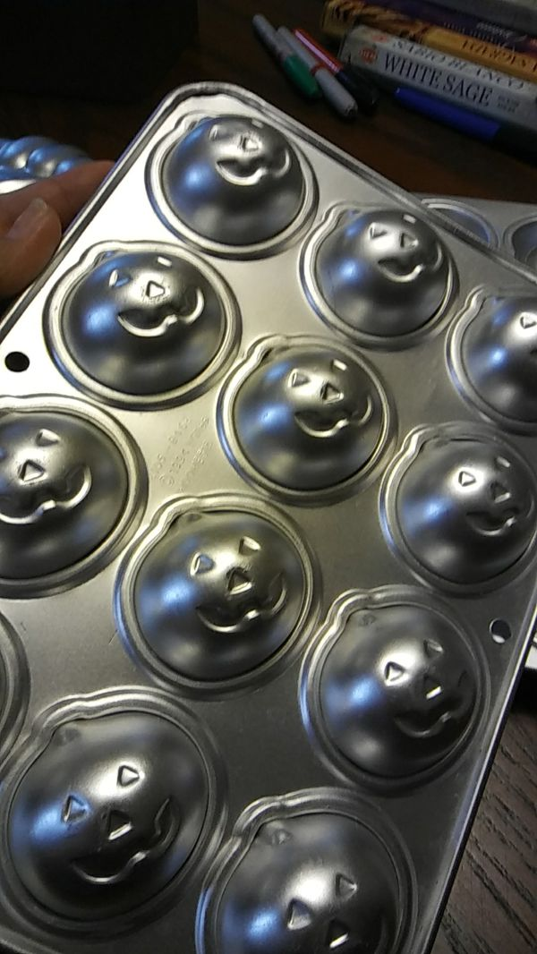 Cake - cupcakes molds