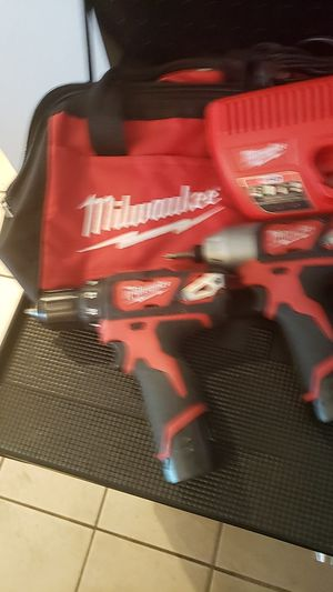 """Milwaukee M-12 Matching 2 Tool Set!!! Looks & Works PERFECT!!! Includes 3/8"""" Drill , 1/4"""" Impact, 2 Batt W/Charger & Work Bag!! Must Sell!!! Offers?? for Sale in Phoenix, AZ"""