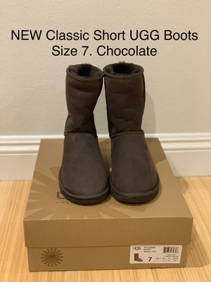 NEW Classic Short UGG Boots. Size 7. Women for Sale in Los Angeles, CA