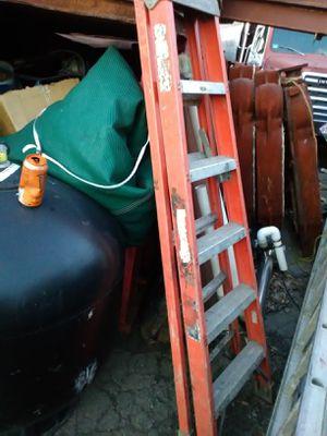 6ft step ladder fiberglass for Sale in Lynn, MA