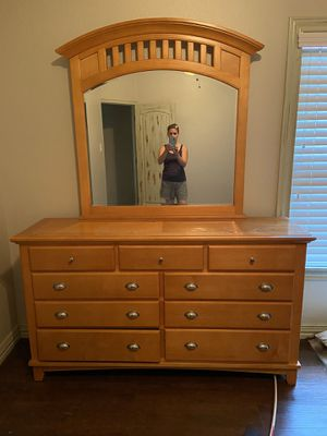Dresser and night stand for Sale in Denton, TX
