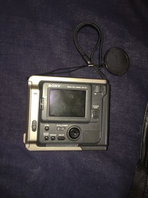 Sony 10 digital mavica for Sale in Cleveland, OH