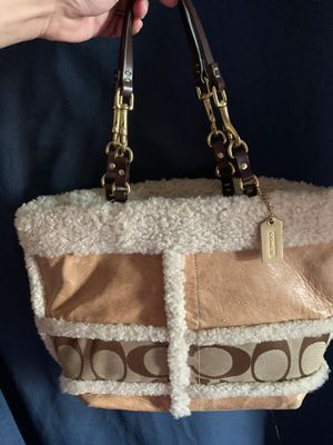 COACH Leather Whiskey Shearling Bag for Sale in Bartow, FL