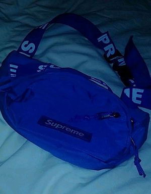 Supreme Fanny Pack Blue (cash only + pickup only) for Sale in Hollywood, FL