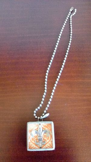 Jewel Kade Charm & Necklace for Sale in Reedley, CA