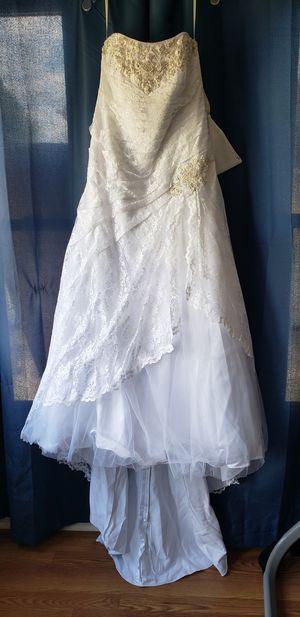 Wedding Dress for Sale in Oak Lawn, IL