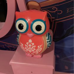 Free Owl Piggy Bank for Sale in Riverside,  CA