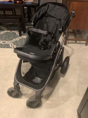 2016 Britax B Ready Stroller with infant car seat adapter for Sale in Beaumont, CA