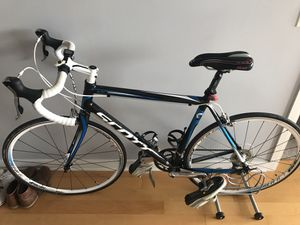 Scott Road Bike // Shimano Tiagra components and Cobb Cycling Seat for Sale in Chicago, IL