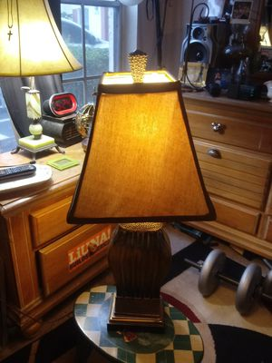 "Beautiful sold gold and black table lamp 31"" tall for Sale in Kissimmee, FL"