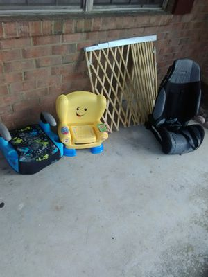 Kids Car seat, booster seat, kids chair, baby gate. All for one low price for Sale in Greenbelt, MD