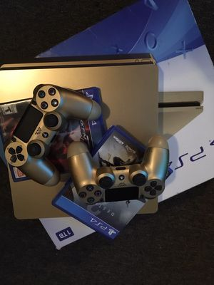 PlayStation 4 Pro Gold for Sale in Fieldsboro, NJ