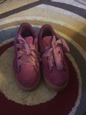 Children pumas size 2 for Sale in Philadelphia, PA