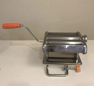 Marcato Pasta Maker (Italy model) for Sale in Chicago, IL