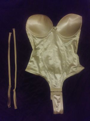 Cream Backless Corset Thong Body Shaper - Straps or Strapless - Small /Medium for Sale in Grand Prairie, TX